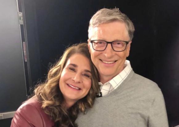 No dia do divórcio, Bill Gates deu R$ 9,5 bi em ações para Melinda