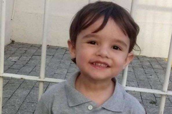 Menino Gael, morto aos 3 anos em SP, é enterrado na Paraíba