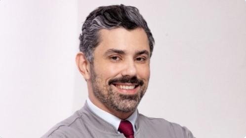 "Dr. Luis Antônio: ""Foi amor à primeira cirurgia"""