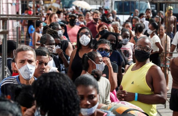 Três estados brasileiros já têm casos suspeitos da cepa indiana