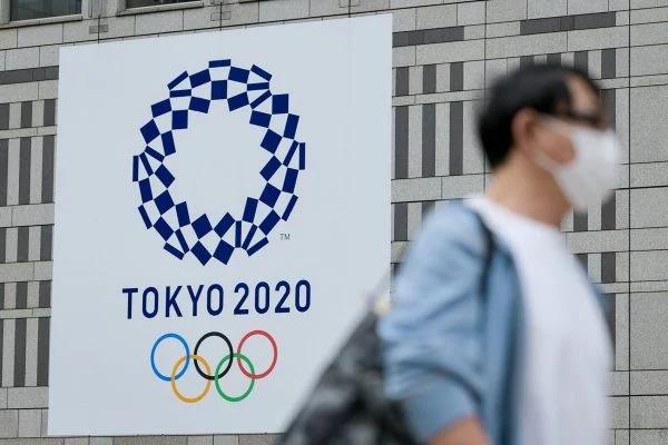 Japão tira revezamento da tocha olímpica de vias públicas de Tóquio
