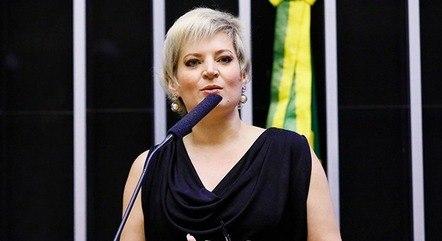Bancada feminina manifesta apoio a Joice Hasselmann