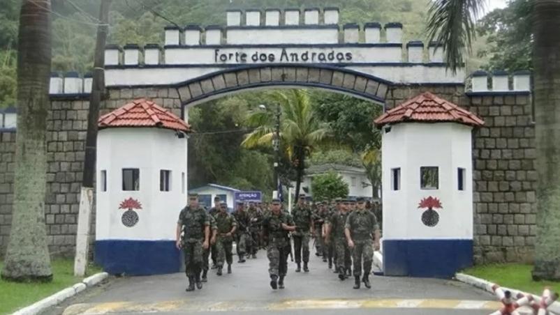 Soldado expulso do Exército por ter HIV deve ser indenizado em R$ 15 mil